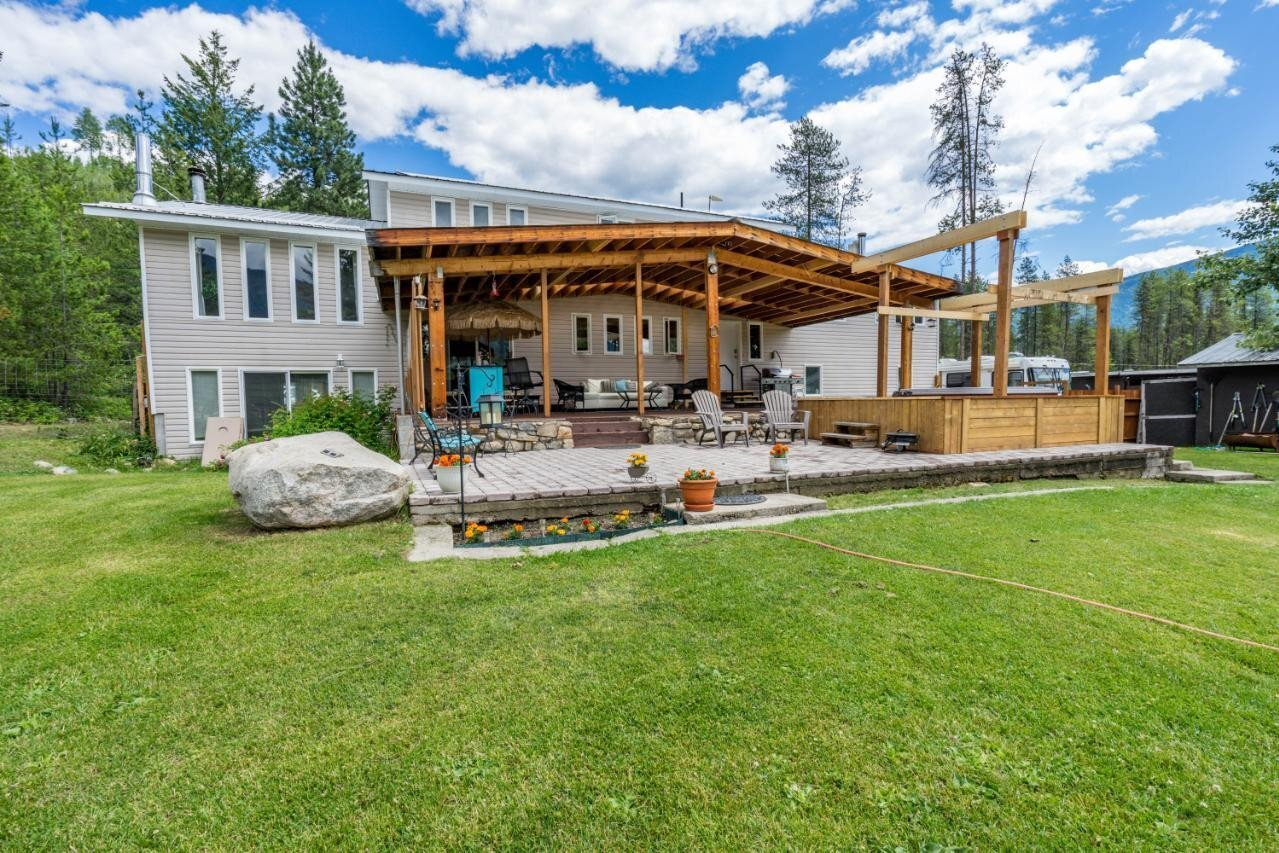 House for sale at 2642 Norns Creek Road  Castlegar British Columbia - MLS: 2453061