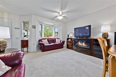 2643 Dovely Court Southeast, Calgary | Image 2