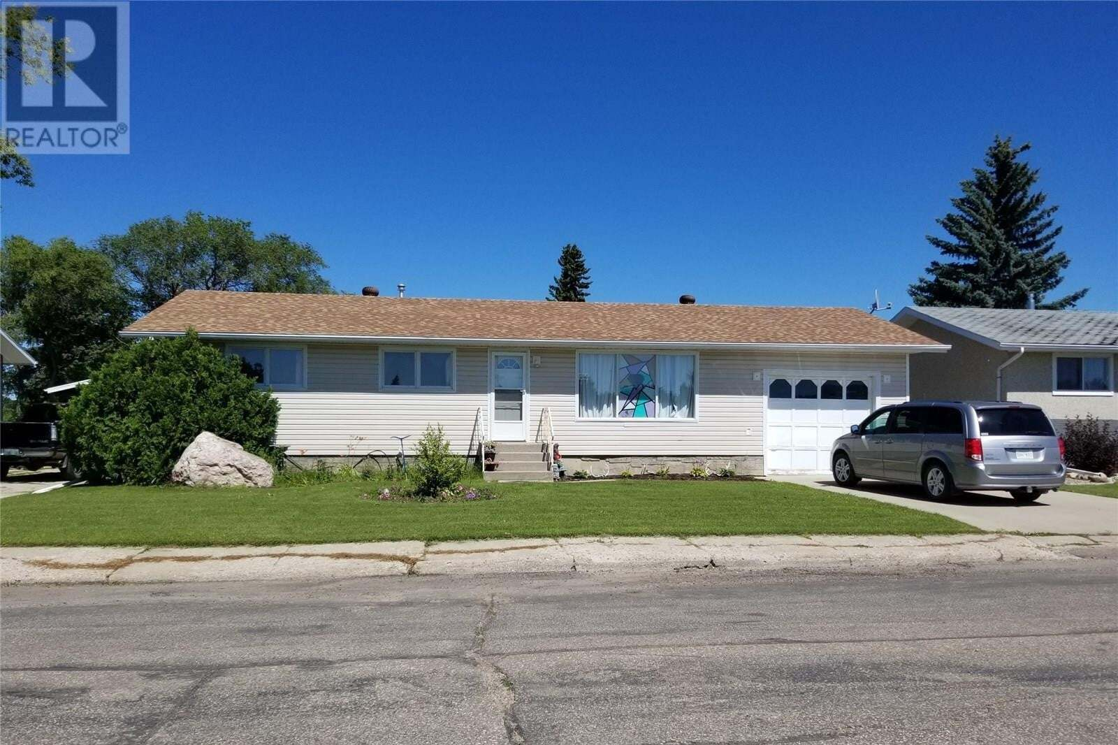 House for sale at 265 6th Ave W Unity Saskatchewan - MLS: SK818915