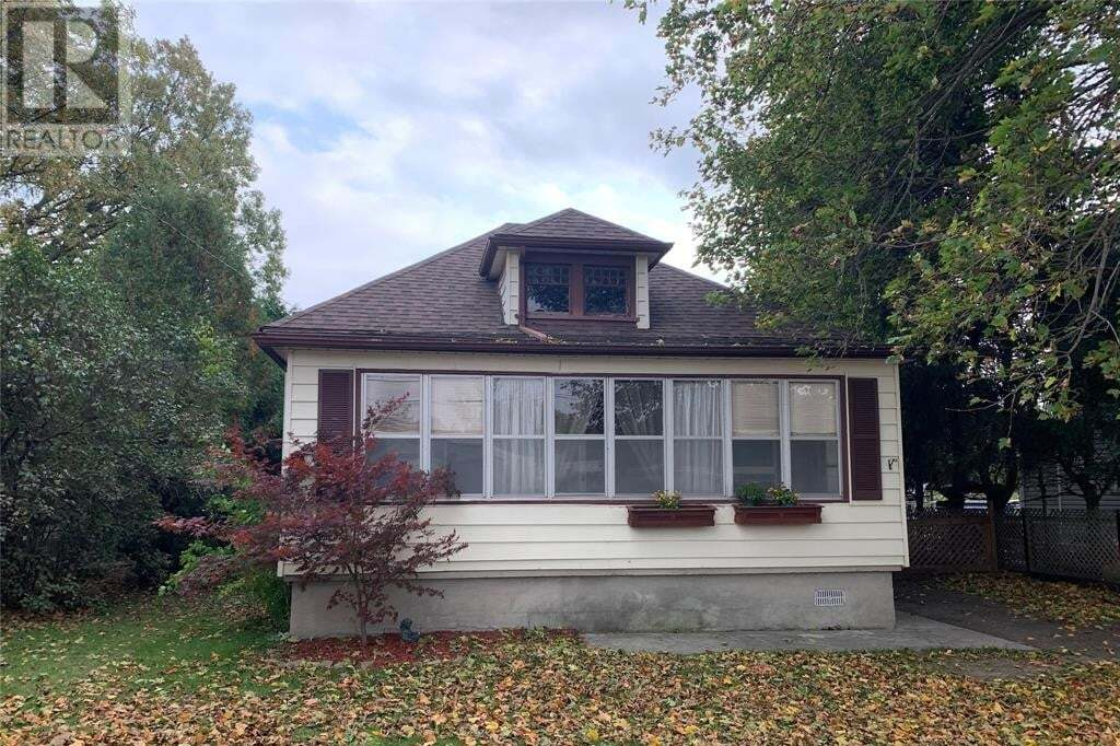 House for sale at 266 Colborne St Chatham Ontario - MLS: 20013618