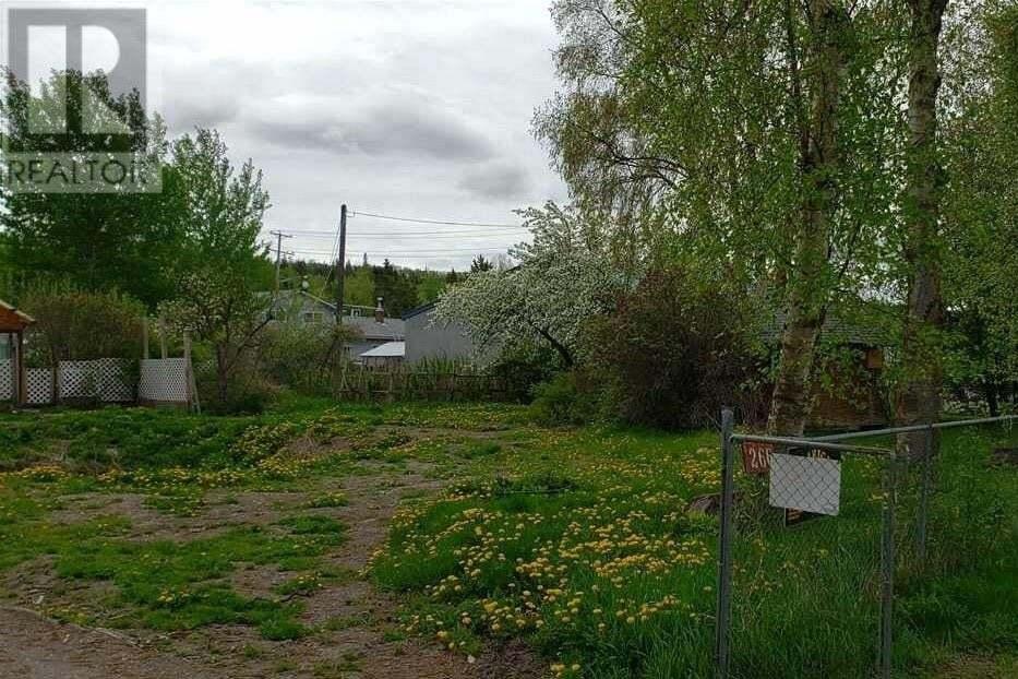 Residential property for sale at 266 W 3rd St Vanderhoof British Columbia - MLS: R2439976
