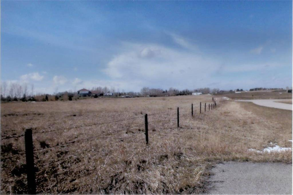 Residential property for sale at 266061 1020 Dr E Deer Creek Estates, Rural Foothills M.d. Alberta - MLS: C4243554