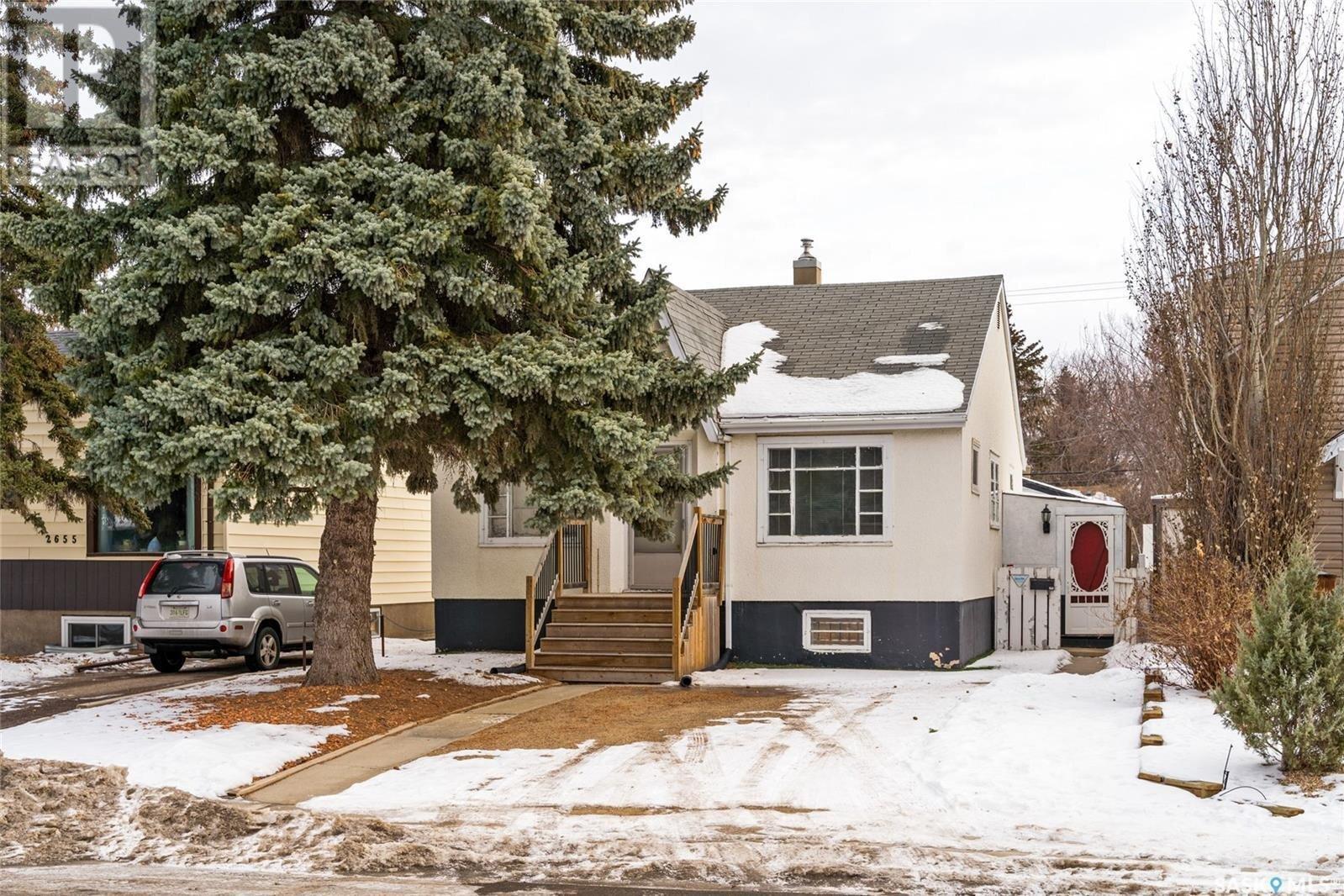 House for sale at 2661 Winnipeg St Regina Saskatchewan - MLS: SK834908