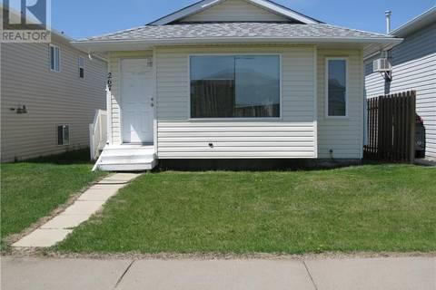 House for sale at 267 16 St E Brooks Alberta - MLS: sc0166176
