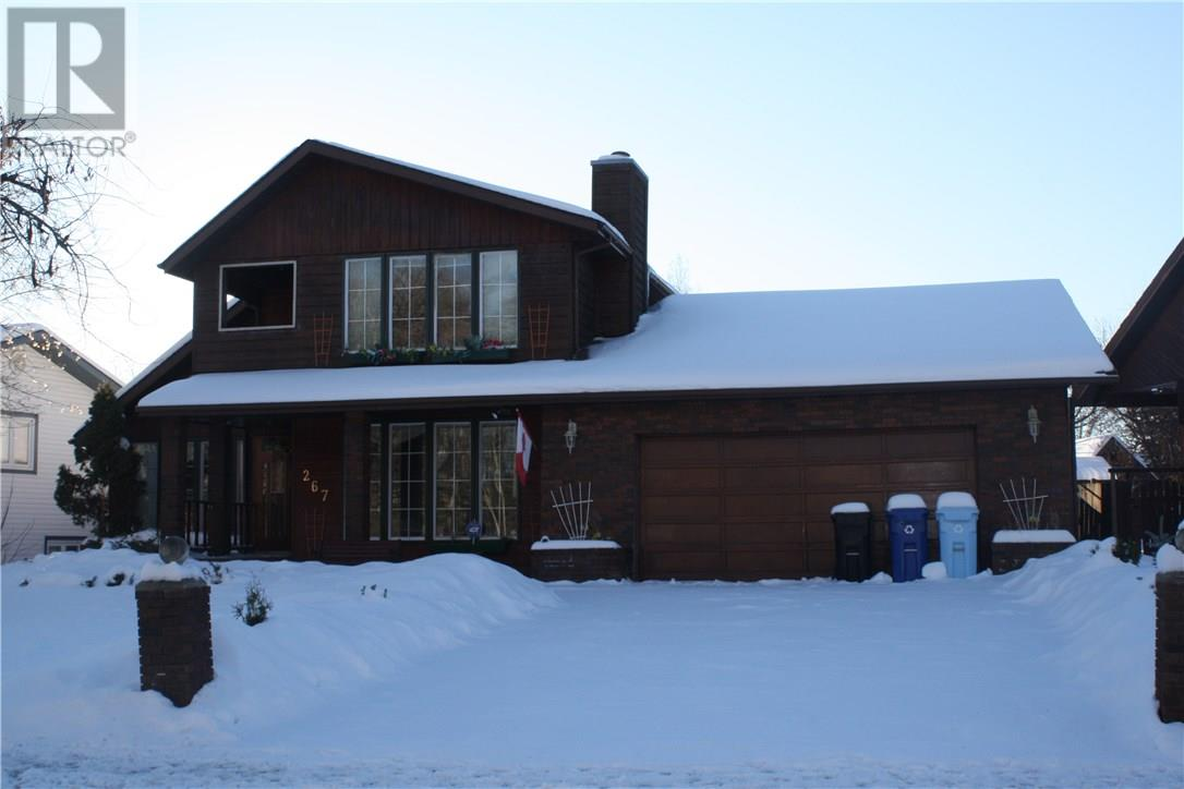 For Sale: 267 Cornwall Drive, Fort Mcmurray, AB | 4 Bed, 4 Bath House for $574,000. See 23 photos!