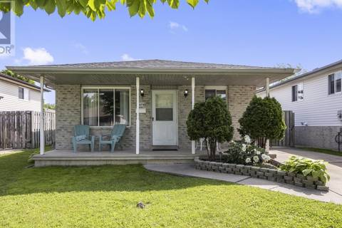 House for sale at 2678 Robert Rd Windsor Ontario - MLS: 19019956