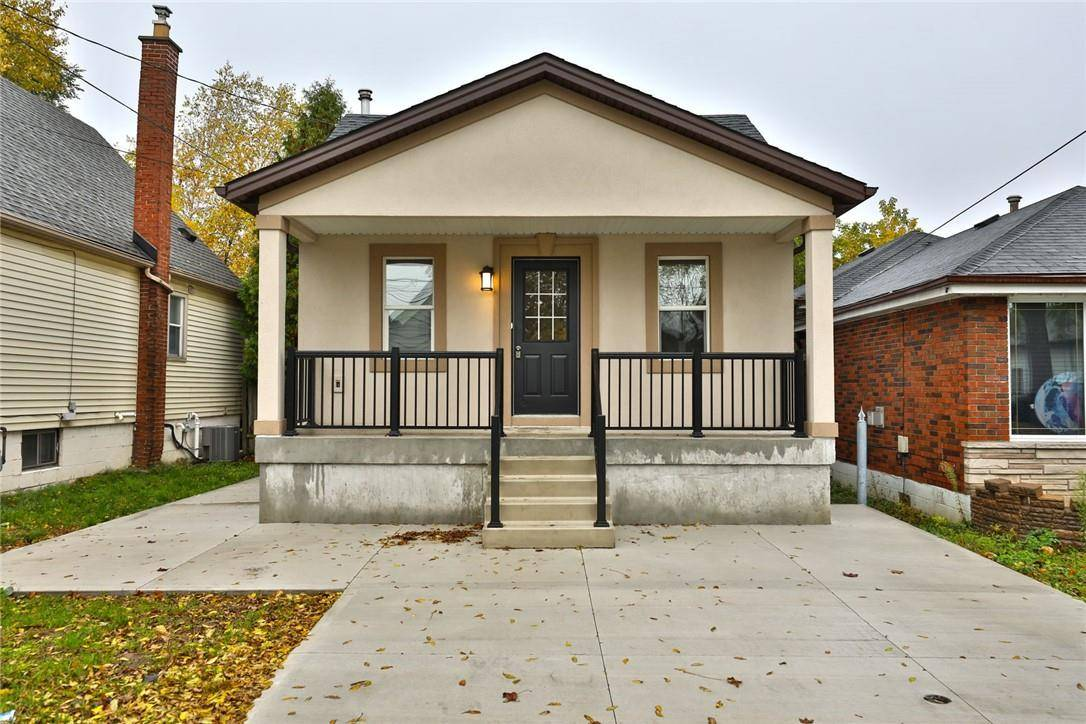 House for sale at 268 15th St East Hamilton Ontario - MLS: H4066421