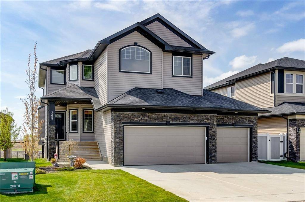 House for sale at 268 Rainbow Falls Wy Rainbow Falls, Chestermere Alberta - MLS: C4229121