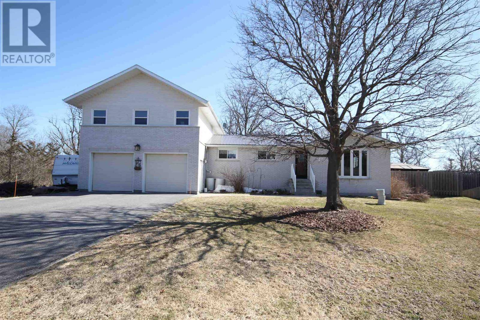 House for sale at 2688 Latimer Rd South Frontenac Ontario - MLS: K20001461