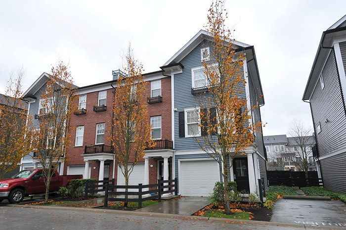 Sold: 27 - 19572 Fraser Way, Pitt Meadows, BC