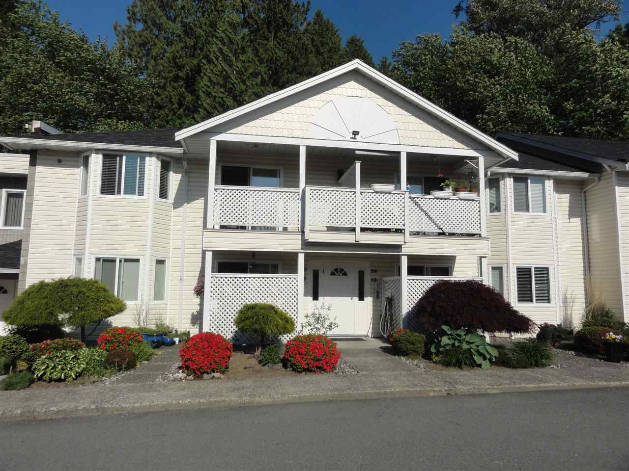Sold: 27 - 20799 119 Avenue, Maple Ridge, BC