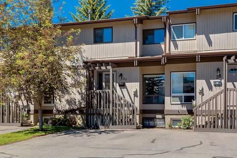 Townhouse for sale at 2210 Oakmoor Dr Southwest Unit 27 Calgary Alberta - MLS: C4256088