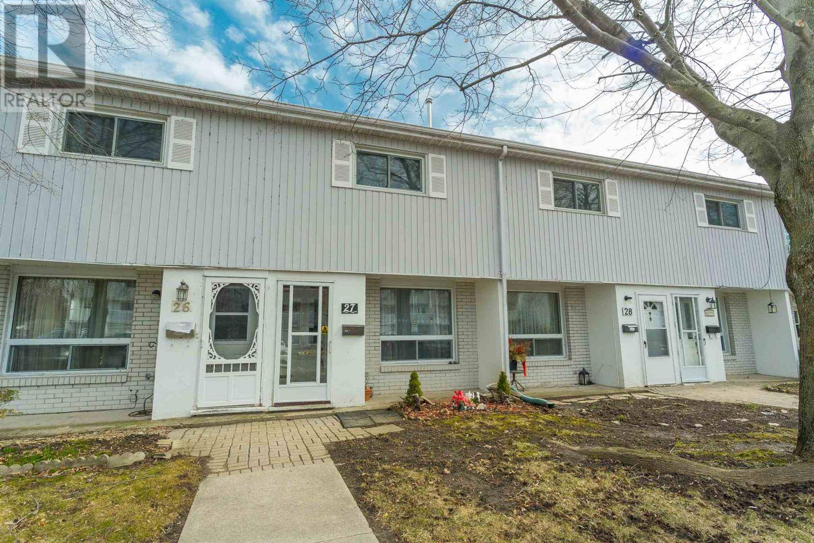 Townhouse for sale at 4427 Bath Rd Unit 27 Amherstview Ontario - MLS: K20001491