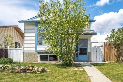 House for sale at 27 Aberdare Wy Northeast Calgary Alberta - MLS: C4247415