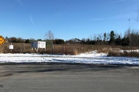 Home for sale at 27 Allaura Blvd Aurora Ontario - MLS: N4629849
