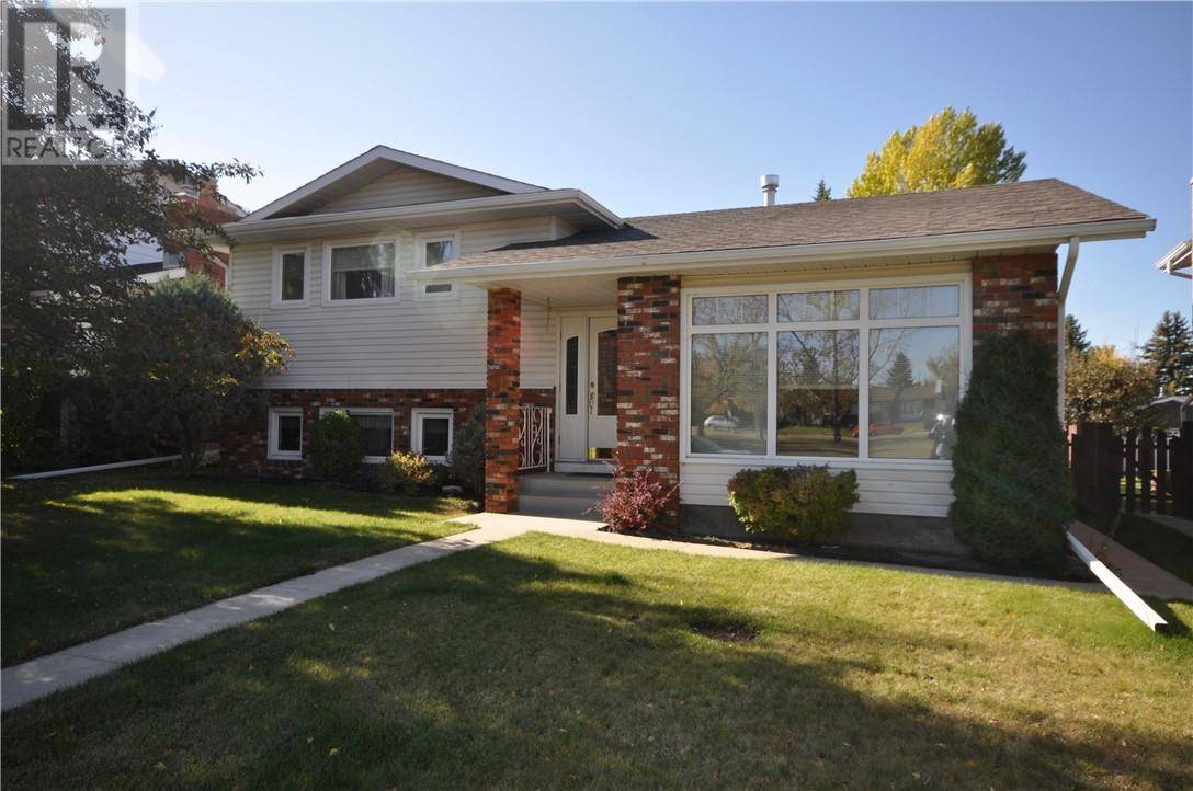 House for sale at 27 Baines Cres Red Deer Alberta - MLS: ca0180652