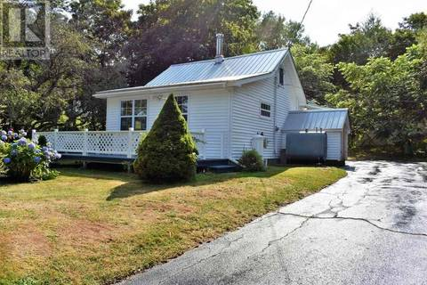 House for sale at 27 Bay Rd Sandy Cove Nova Scotia - MLS: 201914215