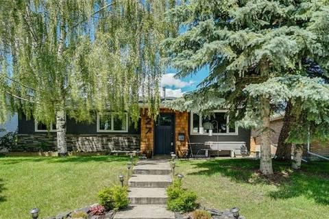 House for sale at 27 Bennett Cres Northwest Calgary Alberta - MLS: C4256360