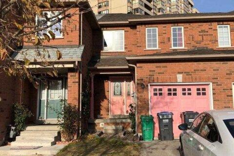 Townhouse for rent at 27 Berkindale Ct Brampton Ontario - MLS: W4991821