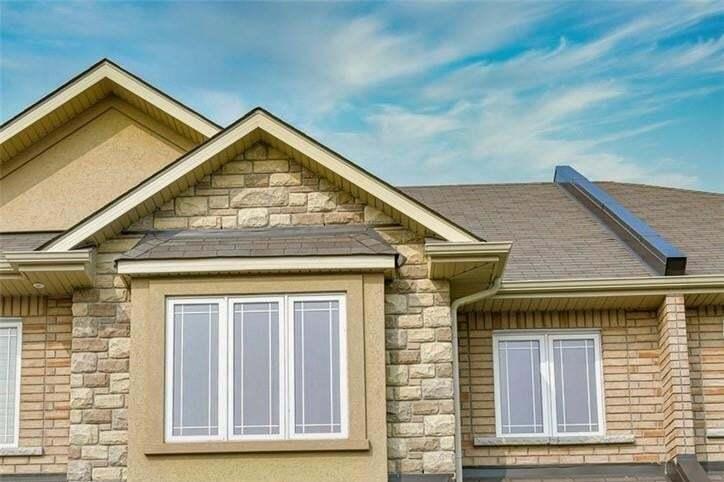 Townhouse for sale at 27 Bonhill Blvd Stoney Creek Ontario - MLS: H4088429