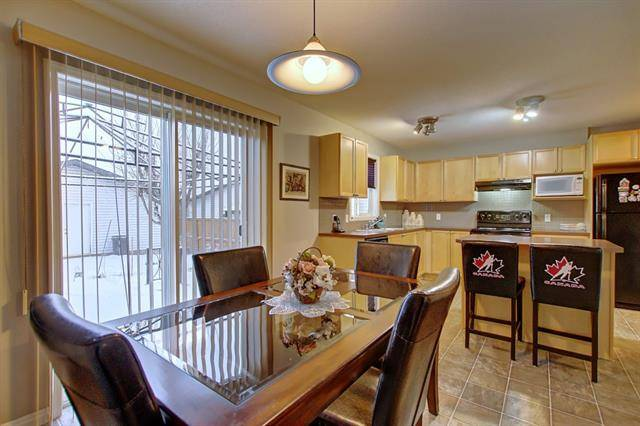 House for sale at 27 Bridlecrest Blvd Southwest Calgary Alberta - MLS: C4265686