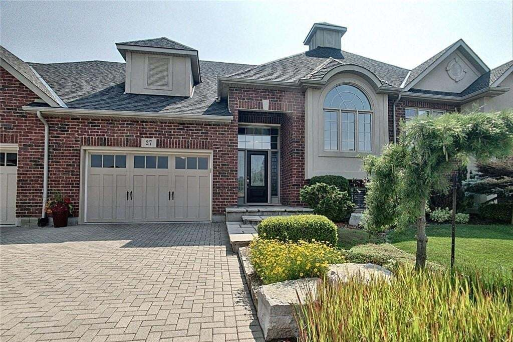 Townhouse for sale at 27 Buckley Te Fonthill Ontario - MLS: H4082493
