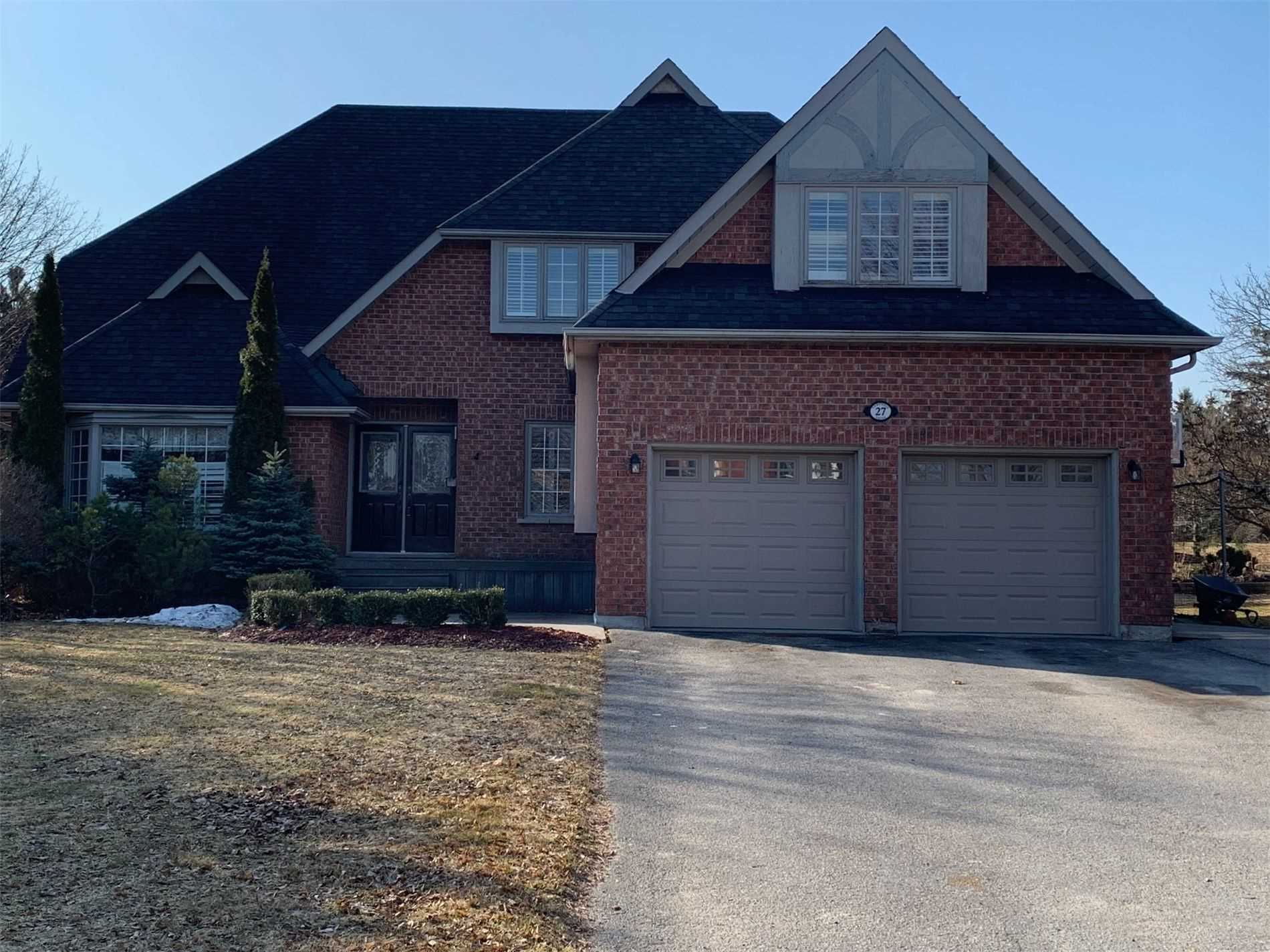 For Sale: 27 Campbell Drive, Uxbridge, ON   4 Bed, 4 Bath House for $999000.00. See 40 photos!