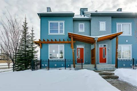 Townhouse for sale at 27 Chapalina Sq Southeast Calgary Alberta - MLS: C4286364