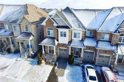 Townhouse for sale at 27 Coastline Dr Brampton Ontario - MLS: W4667253