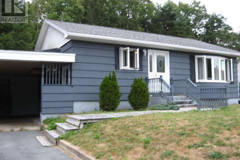 House for sale at 27 Crowell St Liverpool Nova Scotia - MLS: 201823354