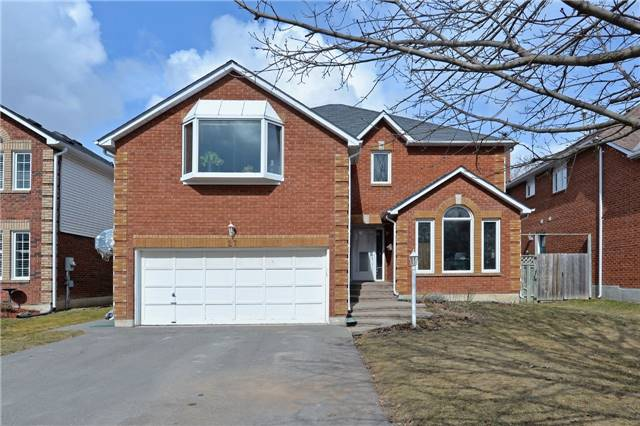 Sold: 27 Doncaster Crescent, Clarington, ON