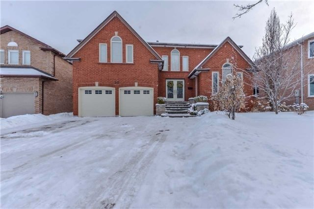 Removed: 27 Dunvegan Drive, Richmond Hill, ON - Removed on 2018-05-17 05:48:53