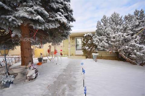 27 Erin Park Bay Southeast, Calgary | Image 1
