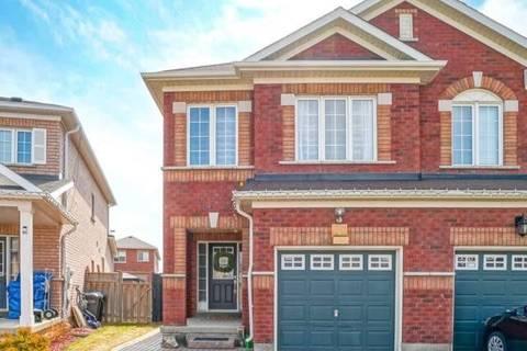 Townhouse for sale at 27 Galtee Rd Brampton Ontario - MLS: W4736087