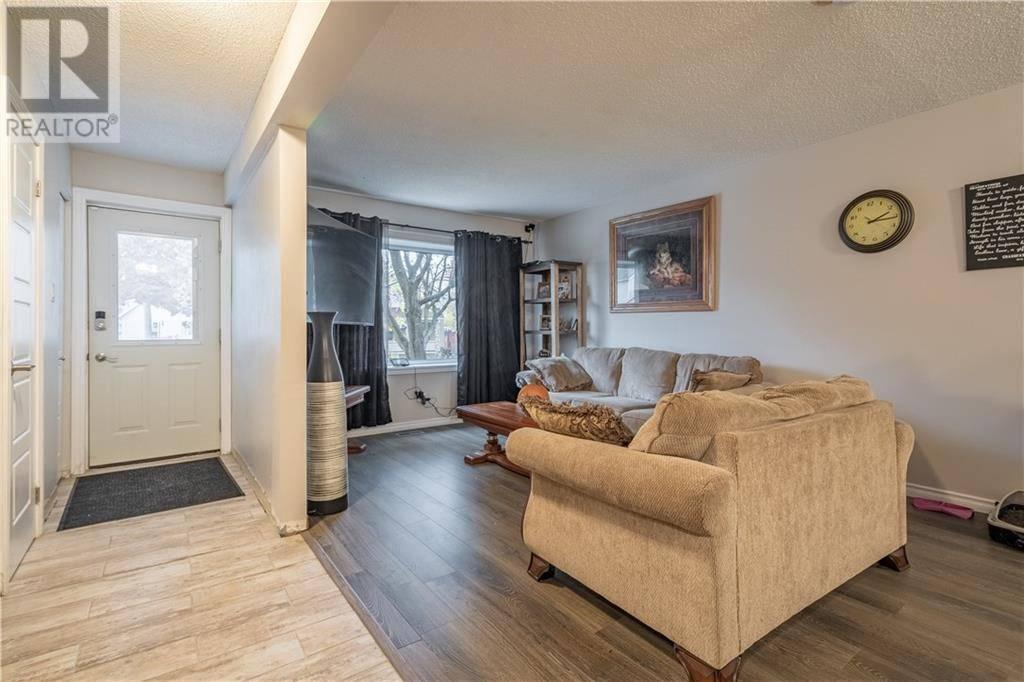 House for sale at 27 Glenmorris St Cambridge Ontario - MLS: 30775365