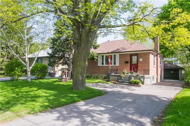 Sold: 27 Highland Park Boulevard, Markham, ON