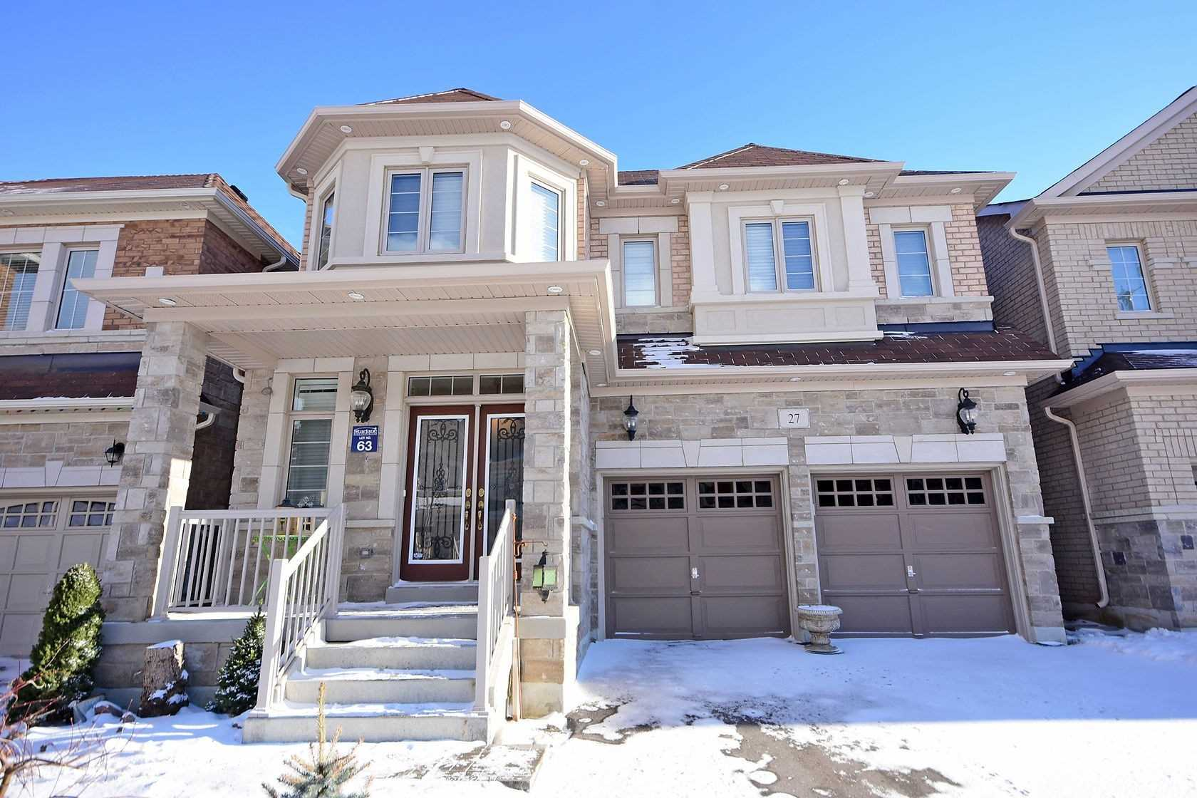 27 Masken Circle Brampton For Sale 985 000 Zolo Ca