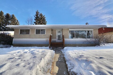 House for sale at 27 Montcalm Ave Camrose Alberta - MLS: A1043328