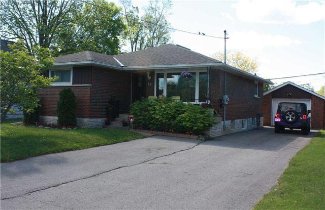 Sold: 27 Orchard View Boulevard, Oshawa, ON