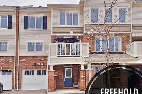 Townhouse for sale at 27 Outlook Terr Kitchener Ontario - MLS: X4734318