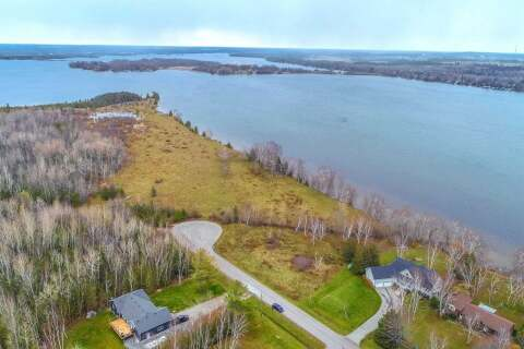 Residential property for sale at 27 Pinewood Blvd Kawartha Lakes Ontario - MLS: X4767480