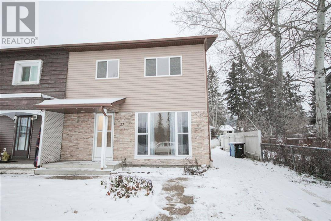 Townhouse for sale at 27 Pond Cres Fort Mcmurray Alberta - MLS: fm0183774