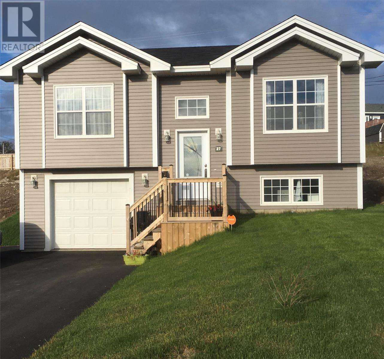 House for sale at 27 Samuel Dr Conception Bay South Newfoundland - MLS: 1200327