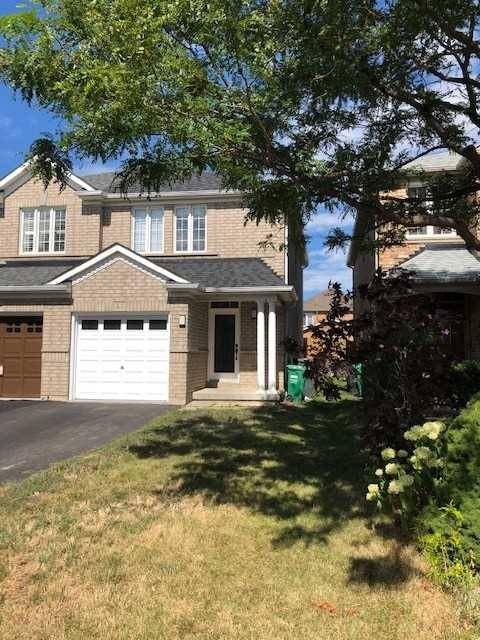 Townhouse for sale at 27 Sand Cherry Cres Brampton Ontario - MLS: W4555631
