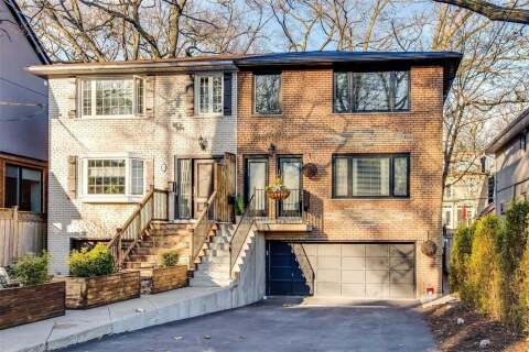 Townhouse for rent at 27 Spruce Hill Rd Toronto Ontario - MLS: E4770900