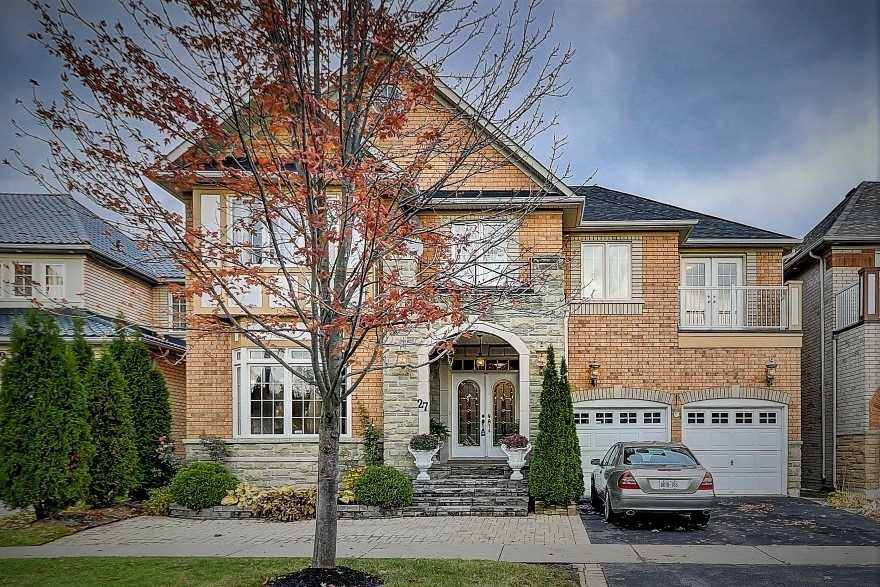 House for sale at 27 Starry Crescent Toronto Ontario - MLS: E4306221