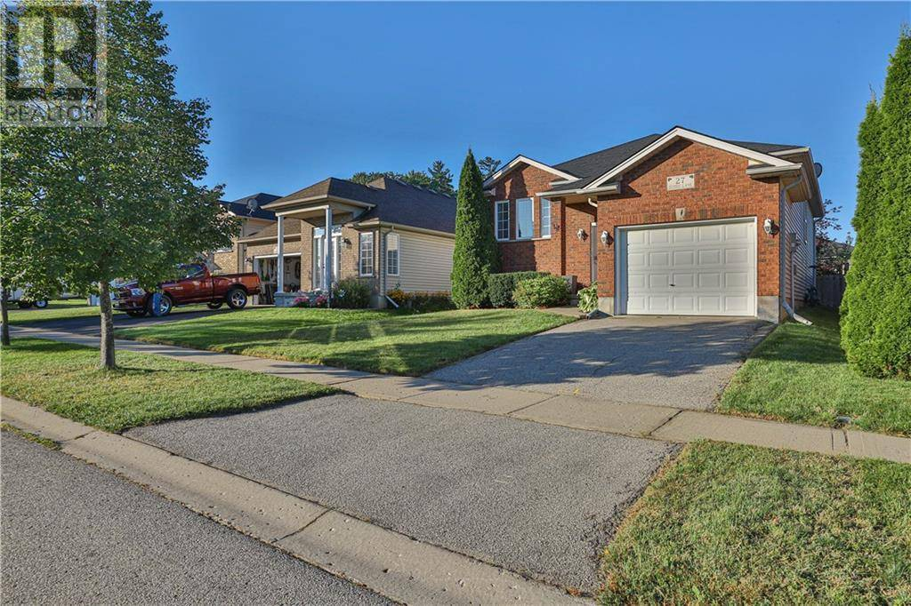 27 Sudds Lane, Brantford | Image 2