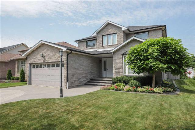 Sold: 27 Sumner Crescent, Grimsby, ON