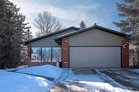 House for sale at 27 Suntree Ln Okotoks Alberta - MLS: C4286910