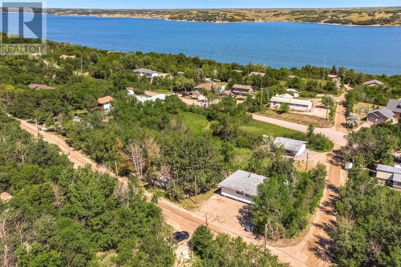 House for sale at 270 & 298 Woodland Ave Buena Vista Saskatchewan - MLS: SK817782